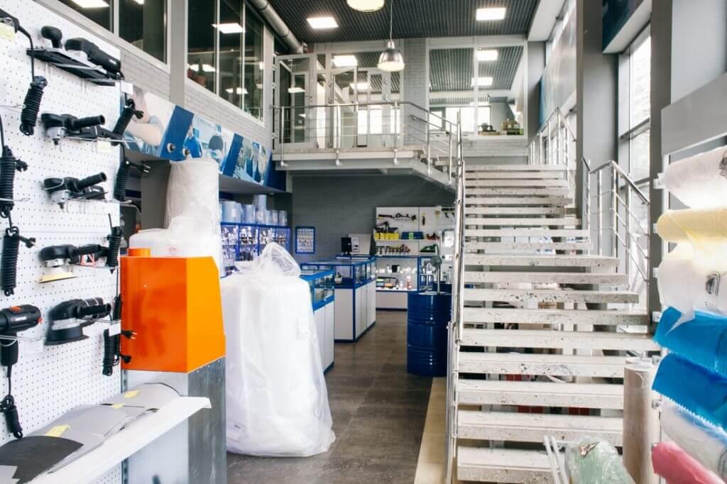 2-ой этаж магазина АВТОрефинишер